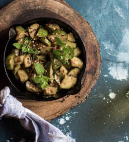 Chili-Zucchini-Salat